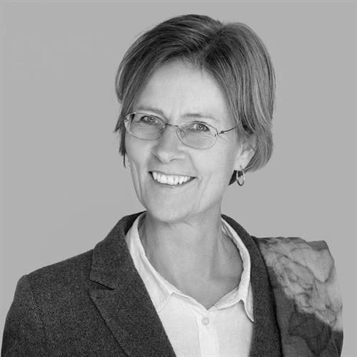 Helga Hjorth