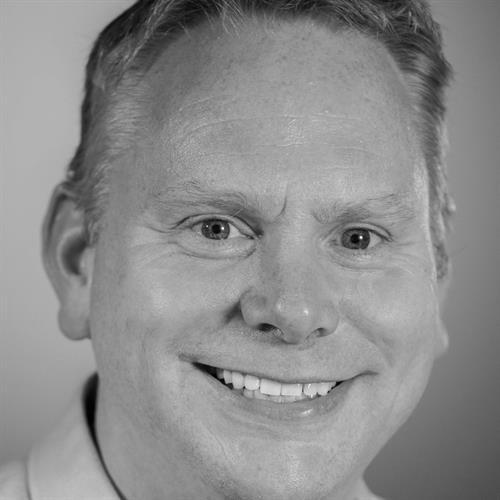 Bjørn Henning Østenstad