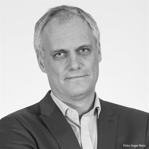 Yngvar Åsholt